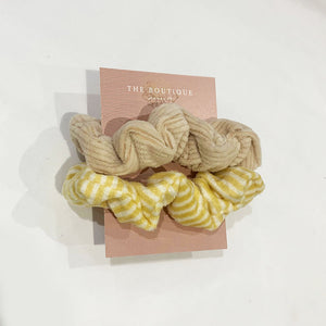 Grace Textured Set of Scrunchies In Sand