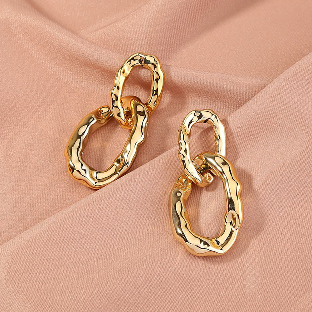 Ana Drop Earrings In Gold