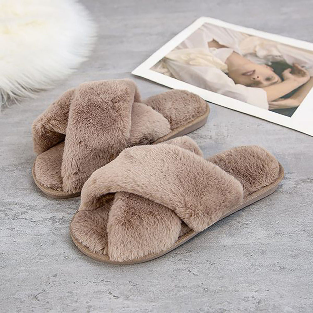 Cara Cross Slippers In Coffee