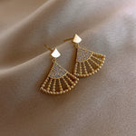 Amaris Fan Earrings In Gold