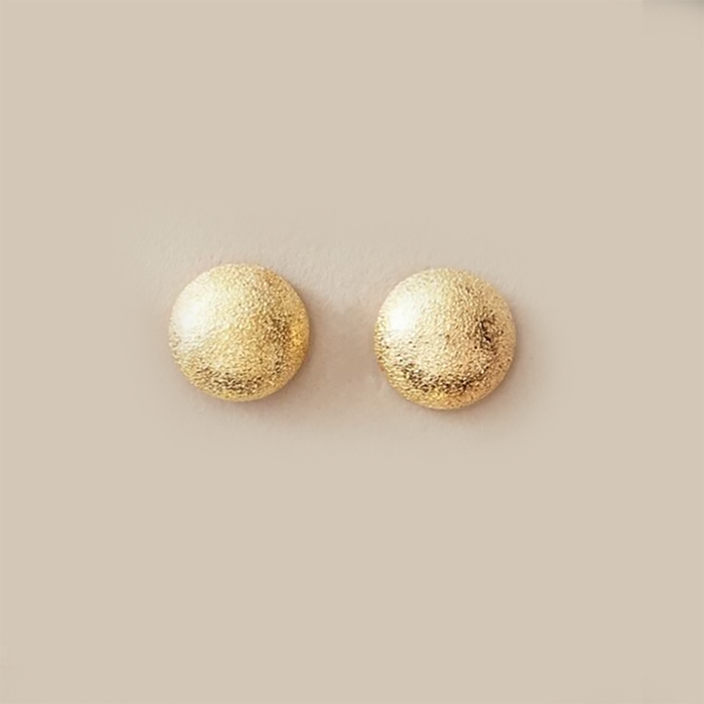 Thea Stud Earrings In Gold Round