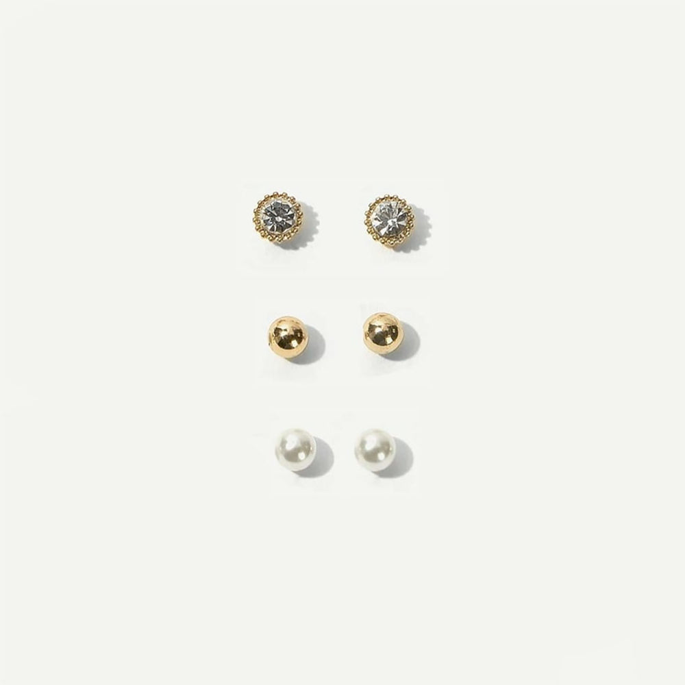 Carter Triple Set of Stud Earrings In Gold and Pearl