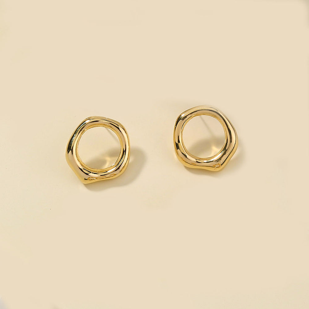 Alaia Circle Studs In Gold