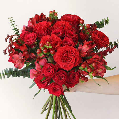 Red Carpet Rose Bouquet