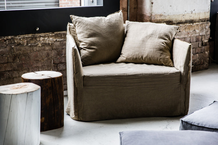 Joe Loveseat by MCM House