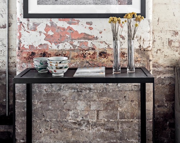 New York console table by MCM House
