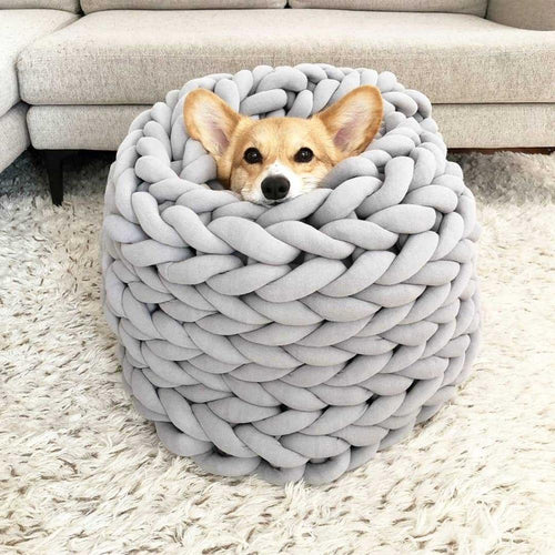 Pet Pally Premier Handwoven Chunky Knit Warm Plush Stress Reliever Nest Bed for Dogs and Cats