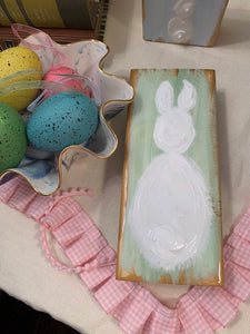 Fluffy Bunny Tail Block 8 Inch