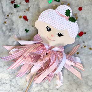 Mrs. Clause Wand in Pink