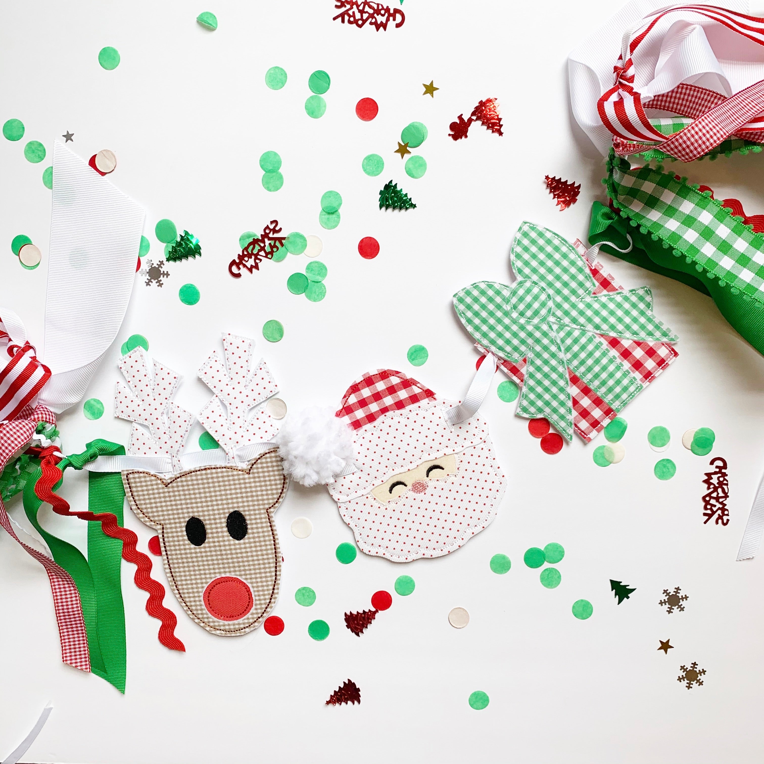 Christmas Happies Wreath/Small Banner