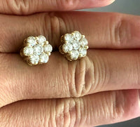 2.20 CARATS ROUND CUT DIAMOND CLUSTER FLOWER EARRINGS IN 14K YELLOW GOLD