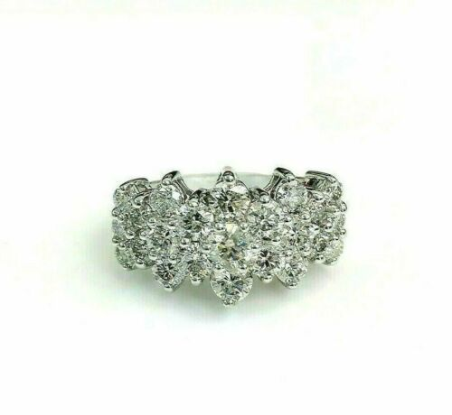 3.55 Carats Round Brilliant Cut Diamond Anniversary Cluster Ring