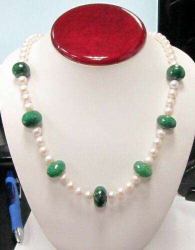 Fine 440.0 Carats Emeralds and Pearls String Necklace 14k White Gold