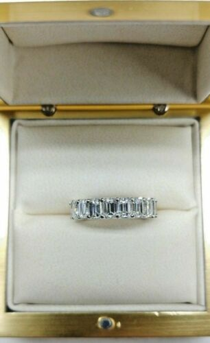 6.04ct Emerald Cut Diamond Eternity band in Platinum