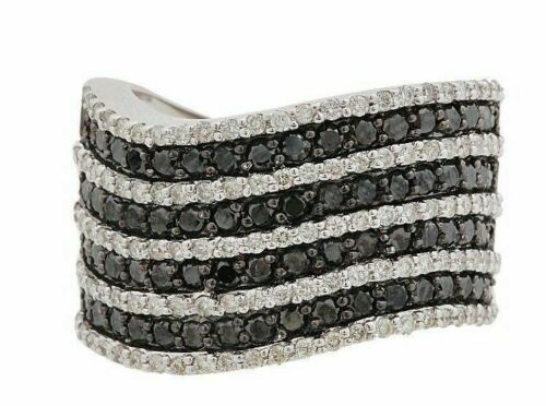 2.24Ct 9 Row Round Cut Black & White Diamond Wavy Wedding/Anniversary Band