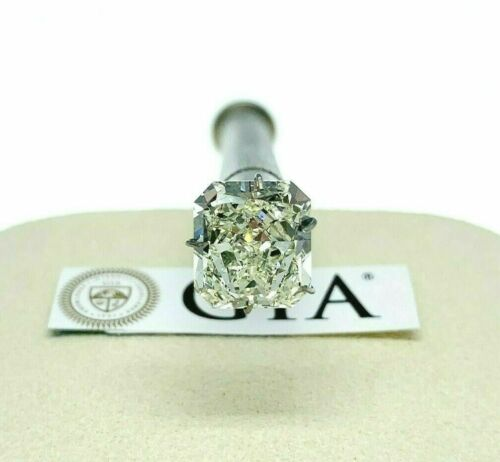 Loose GIA Diamond - GIA 4.37 Carats Radiant Brilliant Cut M VS2