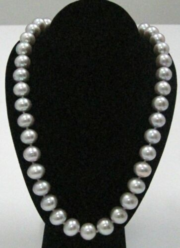 18 Inch Freshwater Pearls 11-12mm Light Purple Grey String Necklace 14kt YG