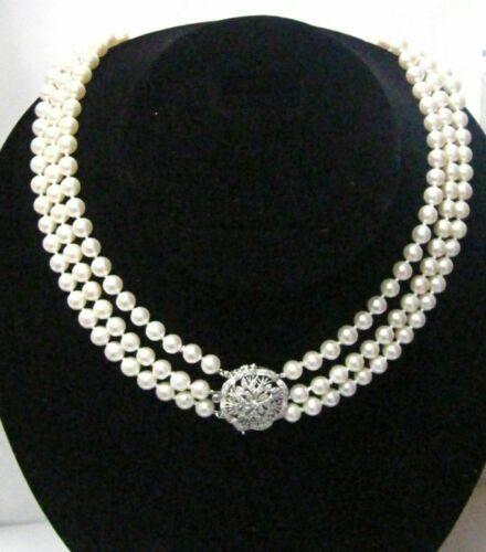 Pearls & Diamonds Diamond Pendant Three String Pearls Necklace 18k 17.5""