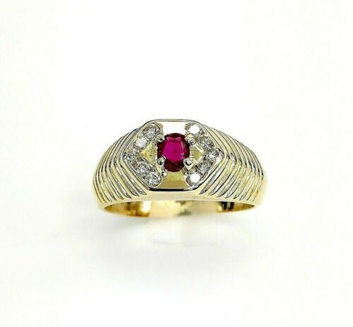 1.45 Carats t.w. Mens Diamond and Ruby Ring 14K Yellow Gold 7.5 Grams