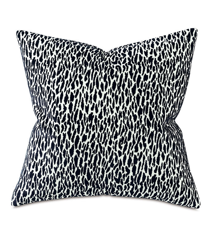 Earl Woven Onyx Decorative Pillow