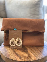 Load image into Gallery viewer, Clutch & Earring Combo - Tan & Ivory