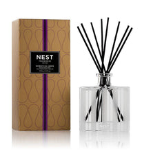 Load image into Gallery viewer, Reed Diffusers by NEST Fragrances (5 fragrances)