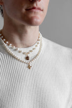 Load image into Gallery viewer, Louis Vuitton Pearl Pastilles Necklace