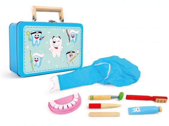 Children's wooden dentist set