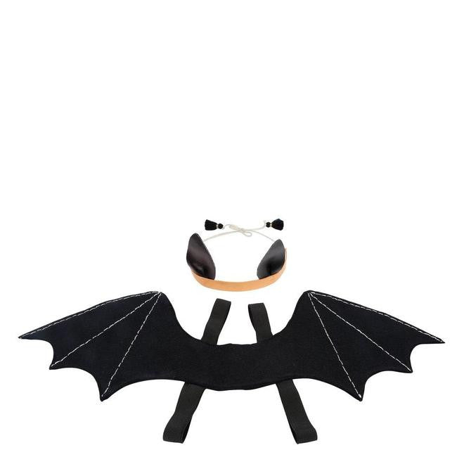 Bat dressing up set