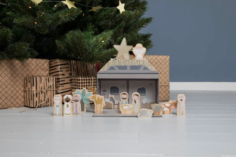 Little Dutch wooden Nativity set
