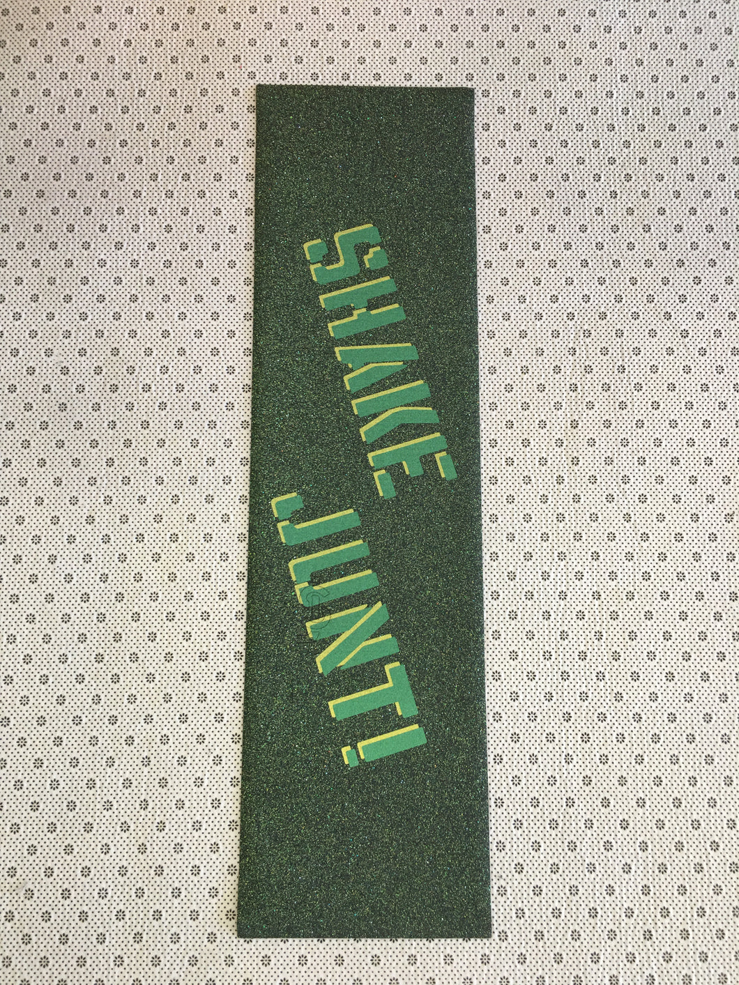 Shake Junt Magic Carpet Sprayed Green Grip