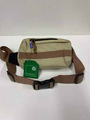 Habitat Field Hip Pack, Water Resistent