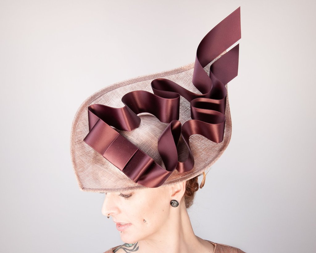 WHAT IS A FASCINATOR?