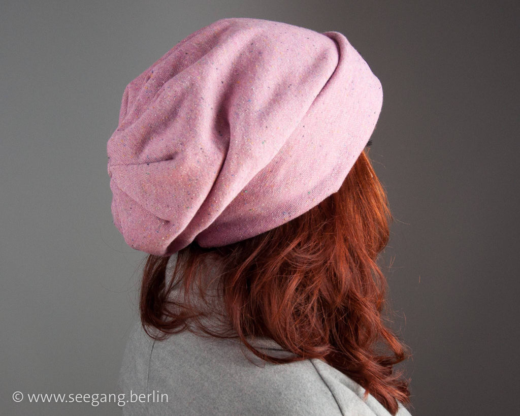 BEANIE - OVERSIZE CAP IN A SILK AND COTTON MIX FRENCH TERRY WITH COLORFUL SPRINKLES © Seegang Berlin
