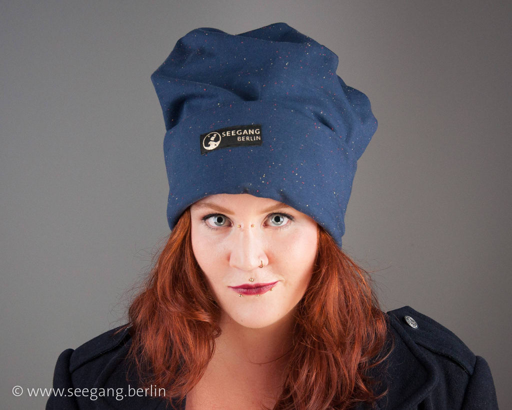 BEANIE - OVERSIZE SLOUCHY CAP IN DARK BLUE FRENCH TERRY © Seegang Berlin