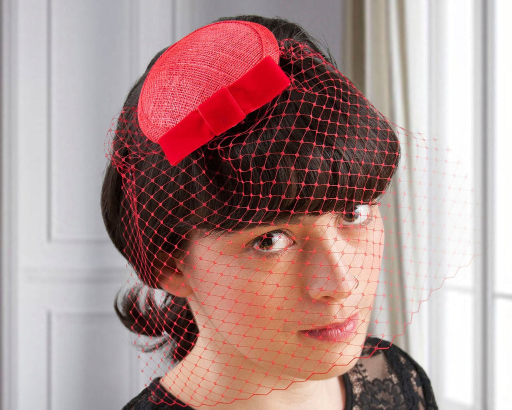 BIRDCAGE - VEIL FASCINATOR WITH A VEIL IN VALENTINES RED © Seegang Berlin