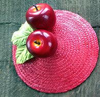 FASCINATOR - RED HAT WITH BIG APPLES AND GREEN VELVET LEAFS © Seegang Berlin