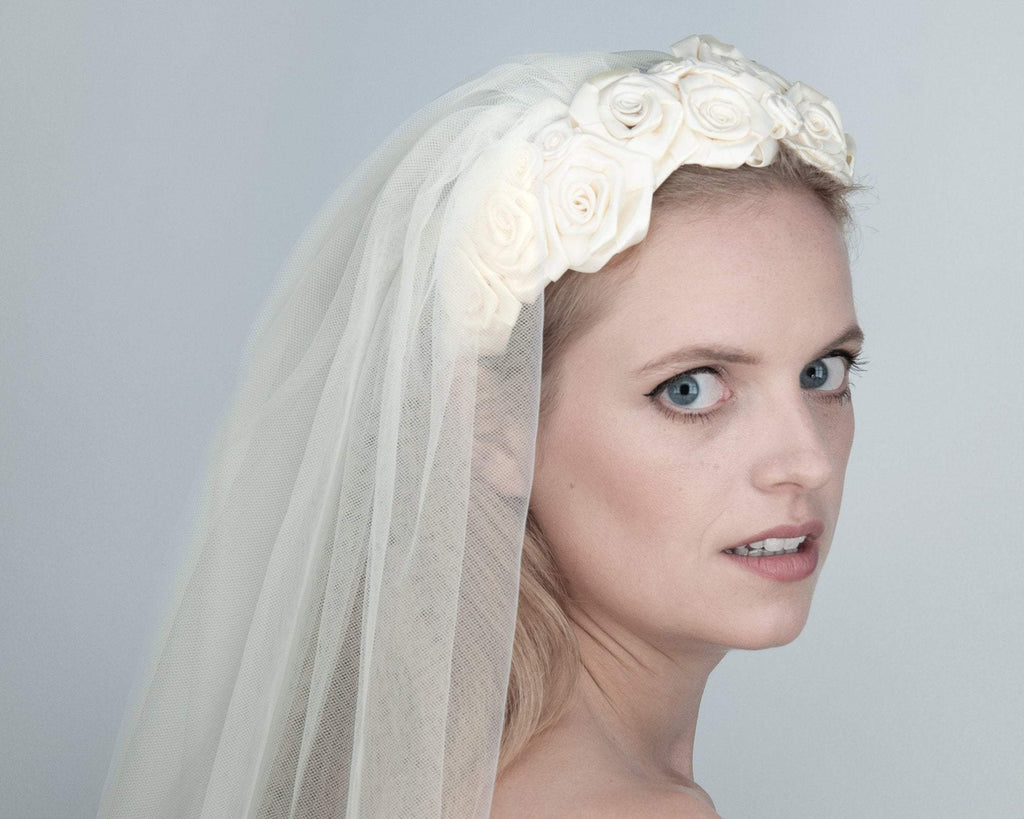 HAIR CIRCLET - BRIDAL HEADBAND WITH MANY HAND SEWN ROSES IN IVORY COLOUR © Seegang Berlin