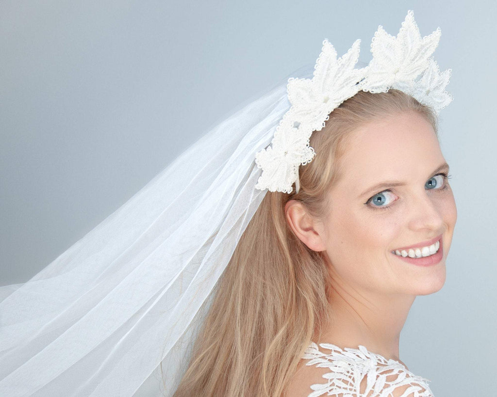 HAIR CIRCLET - BRIDAL LACE SCULPTURE HAIR ACCESSORY IN NATURAL WHITE COLOUR © Seegang Berlin