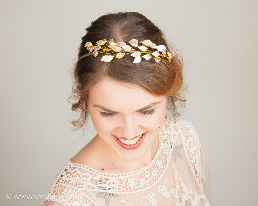 HAIR CIRCLET - BRIDAL OR FESTIVAL HAIR JEWELLERY WITH GOLD COLOURED LEAFS © Seegang Berlin