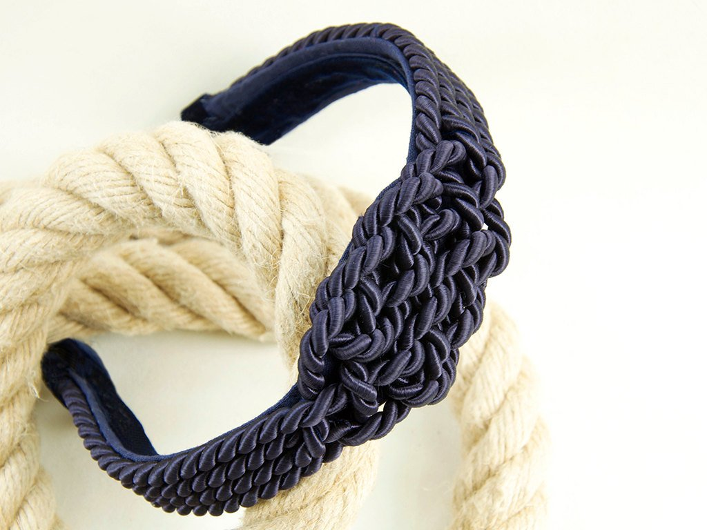 HAIR CIRCLET - SHINY DEEP BLUE CORD WITH A SAILORS KNOT FOR MARITIME STYLES © Seegang Berlin