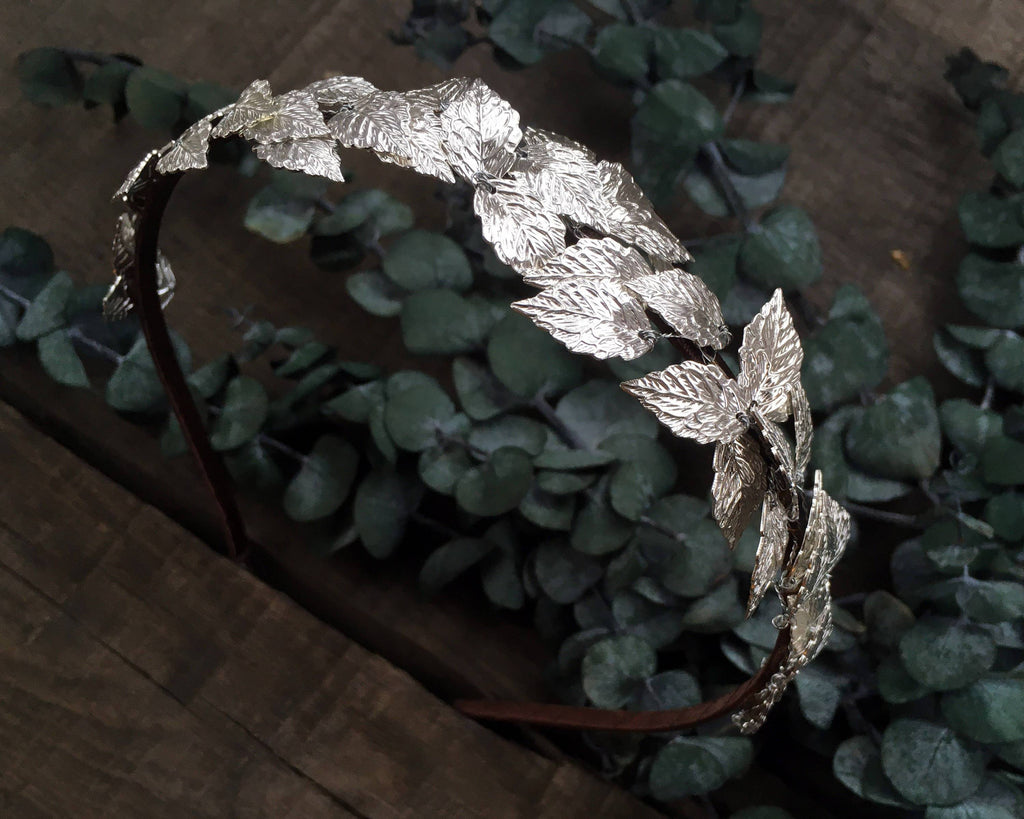 HAIR COMB - BRIDAL JEWELLERY WITH FAIRY LEAFS IN SILVER COLOR © Seegang Berlin