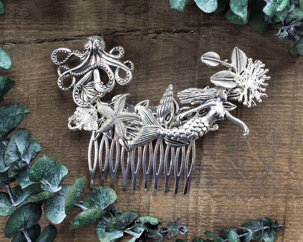 HAIR COMB - MERMAIDS HAIR JEWELRY FOR HER WEDDING BY THE SEA © Seegang Berlin