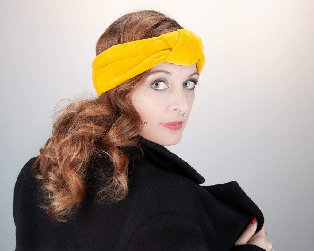 HEADBAND - TURBAN IN COSY COTTON VELVET IN TRENDING MELLOW YELLOW © Seegang Berlin
