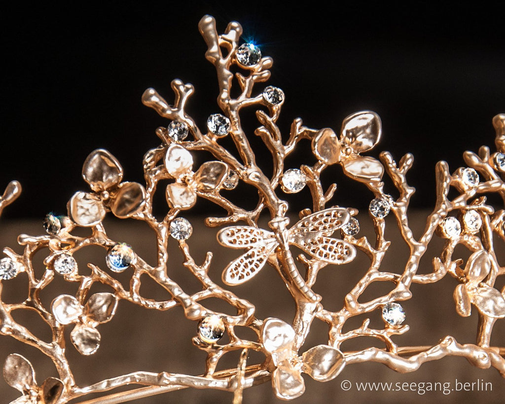 TIARA - BRIDAL JEWELLERY GOLD COLOURED WITH DRAGONFLYS AND RHINESTONES © Seegang Berlin