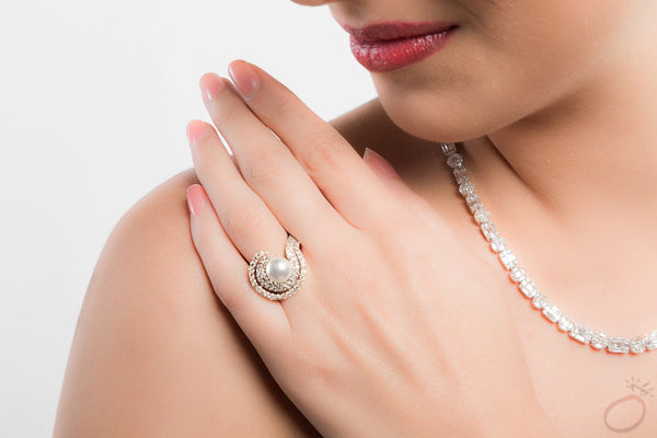Contemporary Ring Set with Pearl