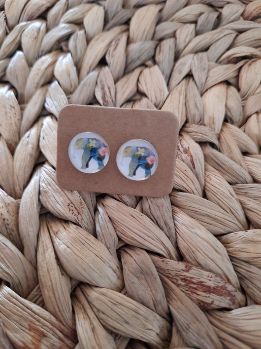 GLASS EARRINGS STUDS - ELEPHANT