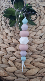 BEADED KEYCHAIN PINK/ PURPLE/ BLUE (B)