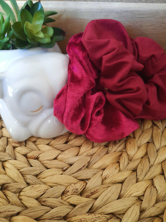 LARGE SCRUNCHIE 2 PACK PINK VELVET/ CHERRY RED