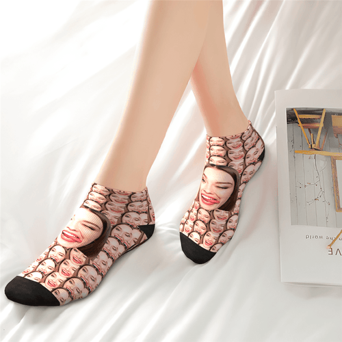 Custom Girlfriend Smile Face Ankle Socks - Unisex